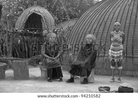 Related Pictures zulu women wearing traditional clothes eshowe south ...