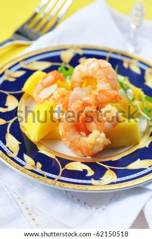 salad appetizer with shrimp and mango