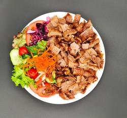 Salad Doner Plate - Döner Teller mit Salat - piatto con kebap