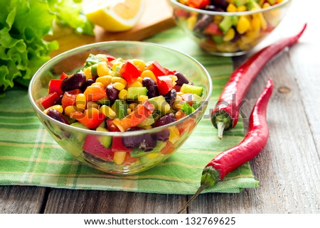 Salad from kidney bean, hot and sweet peppers