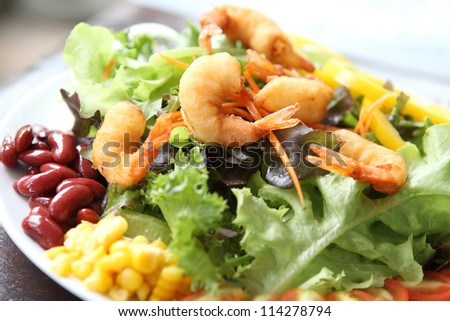 salad with fried shrimp