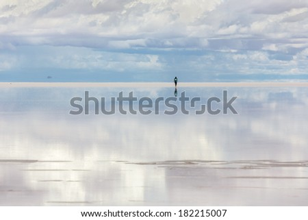 Salar de Uyuni is largest salt flat in the World (UNESCO World Heritage Site) - Altiplano, Bolivia, South America