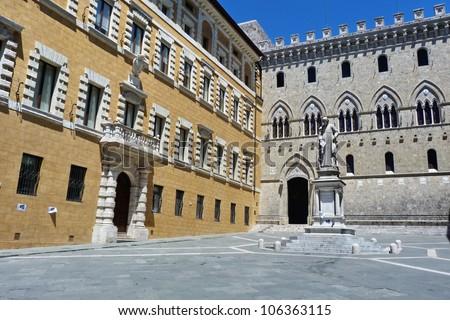Salimbeni square, Siena, Italy E