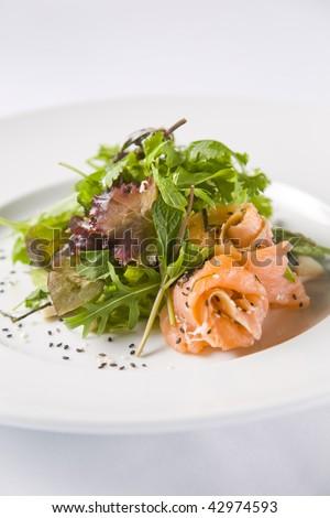 Salmon Salad with sesame seeds