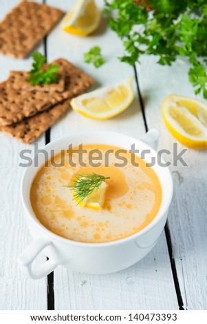 Salmon soup with cream