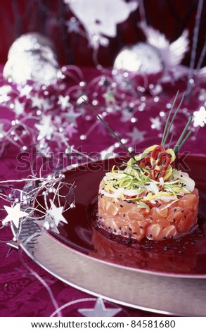 Salmon tartare with lime and black sesame seeds
