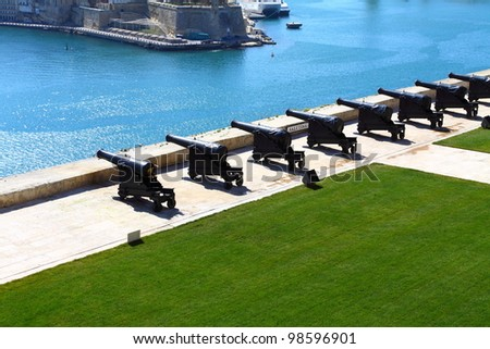 Saluting battery and Grand Harbor of Valletta, Malta