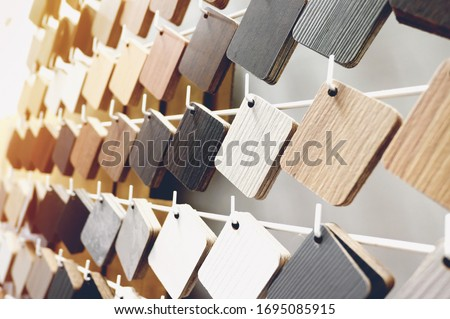 Sample of wood laminate board. Wooden laminate veneer material for interior architecture and construction or furniture finishing design concept Zdjęcia stock ©