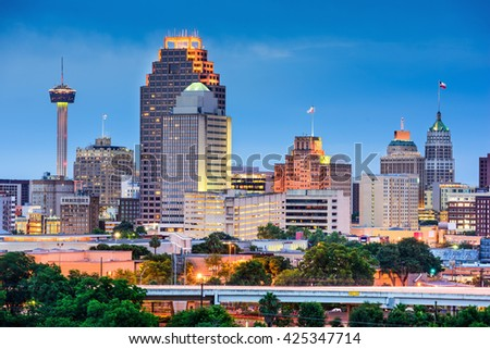 San Antonio, Texas, USA skyline. #425347714
