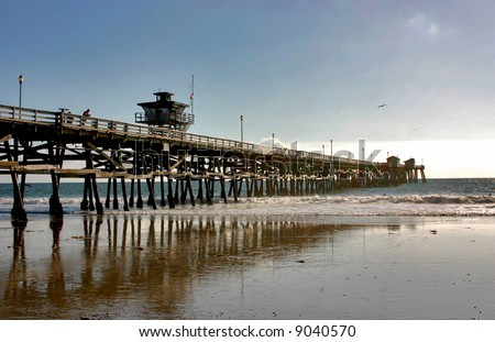 San Clemente Pier and reflection at Low Tide during Winter