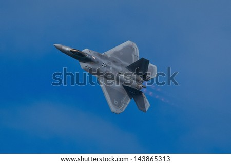 SAN FRANCISCO, CA - OCTOBER 5:  USAF F-22 Raptor aircraft demonstration during Fleet Week in San Francisco, CA on October 5, 2012