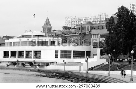 SAN FRANCISCO - MAY 21 2015:SF Maritime Museum at San Francisco Aquatic Park Historic District.It\'s a National Historic Landmark and building complex located on the San Francisco Bay waterfront.