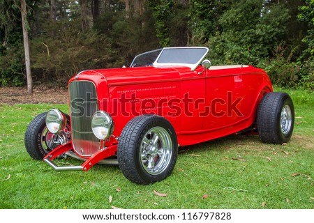 SAN FRANCISCO - SEPTEMBER 29: A 1930's custom built hot rod is on display during the 2012 Jimmy's Old Car Picnic in Golden Gate Park in San Francisco on September 29, 2012