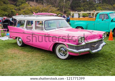 SAN FRANCISCO - SEPTEMBER 29: A 1958 Studebaker Commander Wagon is on display during the 2012 Jimmy's Old Car Picnic in Golden Gate Park in San Francisco on September 29, 2012