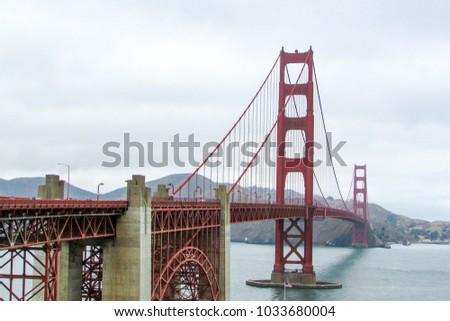 San Francisco, U.S.A. - Golden Gate Bridge #1033680004