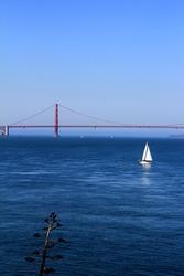 San Francisco, USA, Golden Gate Bridge with sailing boats.