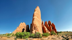Sand Dune Arch, stone columns of red sandstone formed by erosion, Arches-Nationalpark, near Moab, Utah, United States