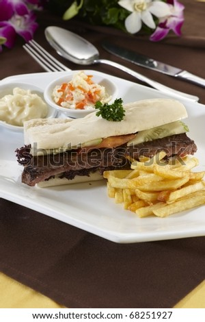 Sandwich Steak and Cheese with Fries