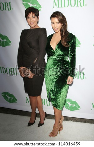 SANTA MONICA - SEP 25: Kris Jenner, Kim Kardashian at the Midori Makeover Parlour at Fred Segal on September 25, 2012 in Santa Monica, California