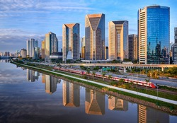 Sao Paulo Sunset Skyline - Brasil