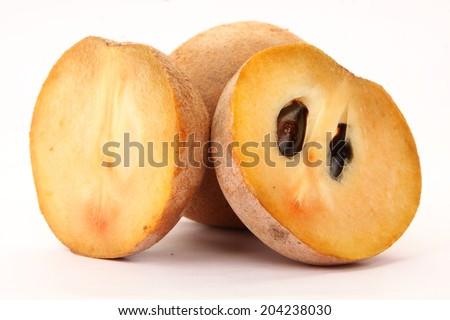 Sapodilla plum, Sapota (Manilkara zapota (L.) P. Royen).