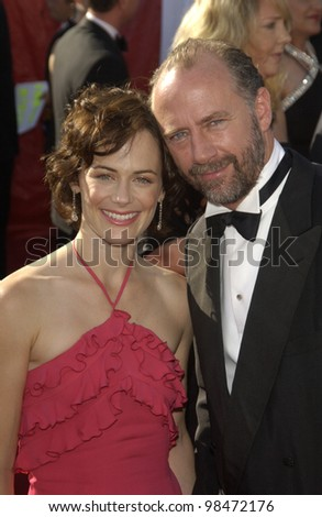 SARAH CLARKE & XANDER BERKLEY at the 55th Annual Primetime Emmy Awards in Los Angeles. Sept 21, 2003  Paul Smith / Featureflash