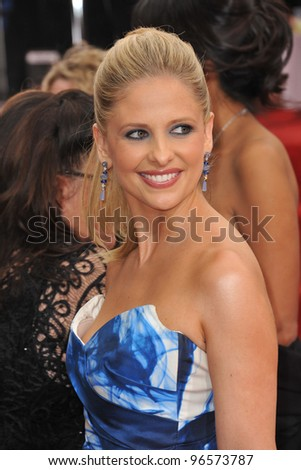 Sarah Michelle Gellar at the 69th Golden Globe Awards at the Beverly Hilton Hotel. January 15, 2012  Beverly Hills, CA Picture: Paul Smith / Featureflash