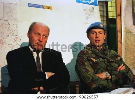 Sarajevo bosnia feb 8 british army general sir michael for Commander rose