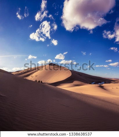 Saturated landscape of saha deser, dune of erg chebbi, one of the highest in morocco. Zdjęcia stock ©