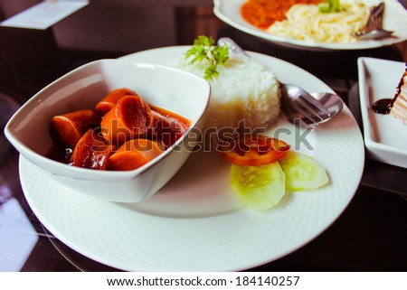 Sausage tomato sauce food Delicious Restaurant eat