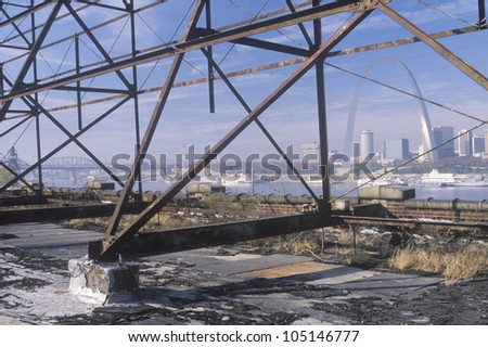 Scaffolding and view of St. Louis, Missouri