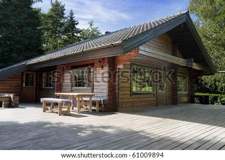 scandinavian cottage, wooden house