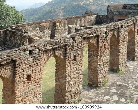 scenery around Kumbhalgarh located in Rajasthan, India