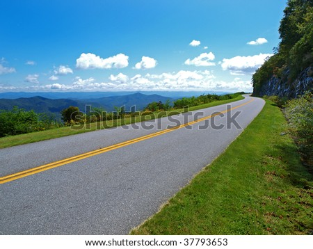 scenic drive on the blue ridge parkway