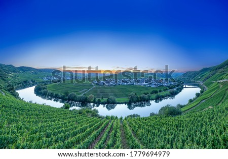 Photo of  scenic moselle river loop at Leiwen, Trittenheim in Germany
