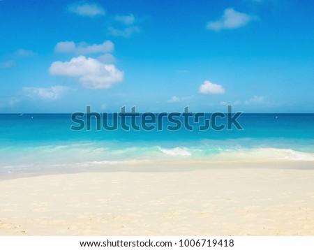 Scenic view of the Aruba's Eagle Beach #1006719418