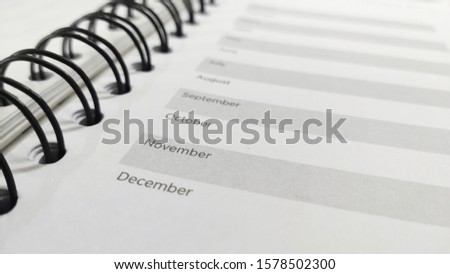 Schedule pages on note or reminder, with list of month