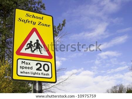 School Safety Zone Roadside Warning Sign