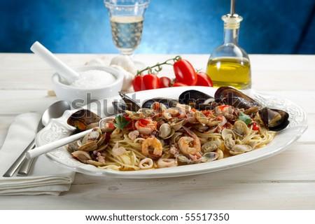 scoglio spaghetti traditional italian seafood recipe
