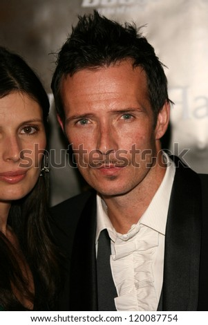 "Scott Weiland and wife Mary Forsberg at the William Rast Spring 2007 ""Street Sexy"" Fashion Show. Social Hollywood, Los Angeles, CA. 10-17-06"