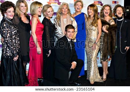SCOTTSDALE, AZ - JANUARY 9: Catherine Oxenberg, Debby Boone, Casper van Dien, Connie Stevens, Megyn Kelly, Jane Seymour, Cheryl Ladd at the Childhelp Gala on January 9, 2009 in Scottsdale, AZ.