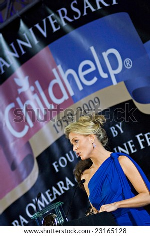 SCOTTSDALE, AZ - JANUARY 9: Fox News anchor Megyn Kelly receives the Childhelp Positive Impact in the Media Award at the Childhelp Drive the Dream Gala on January 9, 2009 in Scottsdale, AZ.