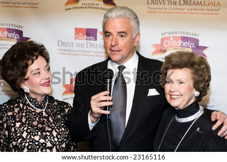 SCOTTSDALE, AZ - JANUARY 9: Sarah O'Meara, John O'Hurley and Yvonne Fedderson at the Childhelp Drive the Dream Gala on January 9, 2009 in Scottsdale, AZ.
