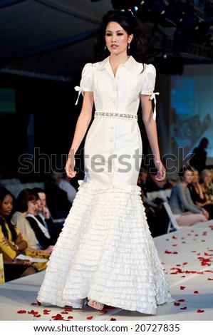 SCOTTSDALE, AZ - NOV 7: Destiny's Bride formal and bridal fashion collection shown at Scottsdale Fashion Week on November 7, 2008 in Scottsdale, AZ