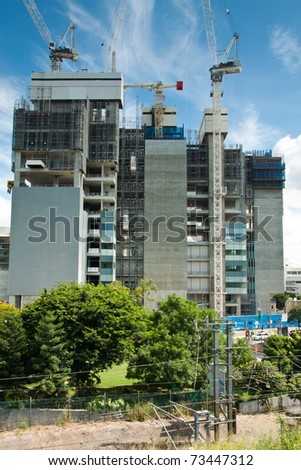 screen system on the construction building (brisbane,qld,australia,march 2011)