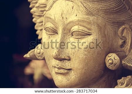 Sculpture of beautiful woman