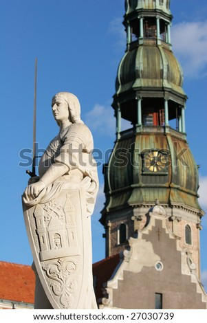 Sculpture of Roland and St. Peter's Cathedral (Town Hall square, Riga, Latvia).