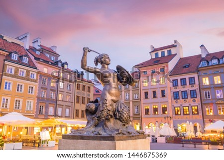 Sculpture of the Warsaw Mermaid (This mermaid statue was made in 1855) on the Old Town Market square in Poland Zdjęcia stock ©