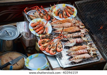 Sea food at Damnoen Saduak Floating Market near Bangkok, Thailand