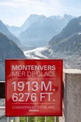 Sea of ice at mont blanc in Haute Savoie, panneau mer de glace à 1913m 6276 ft, randonnée, France